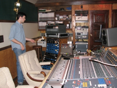 ms-studio-panel.jpg