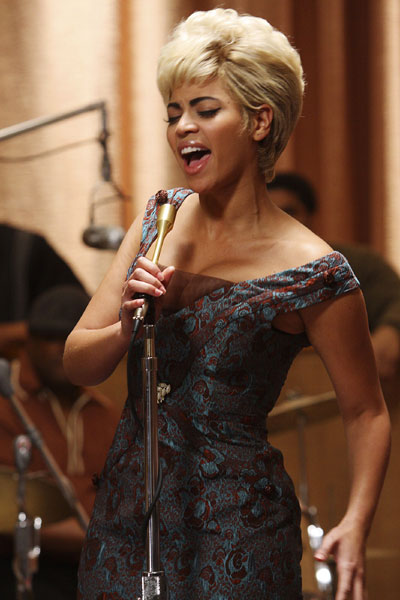 Beyonce' as Etta James